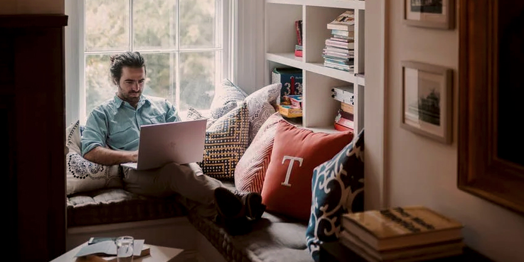 5 Tips to reduce stress while working from home